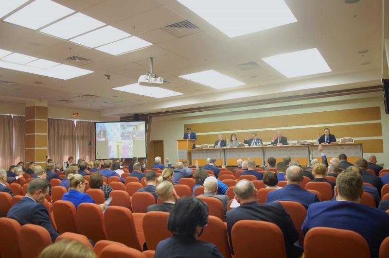 «Восстановить справедливое развитие общества!»- Исполком ФНПР утвердил девиз на 1 мая!