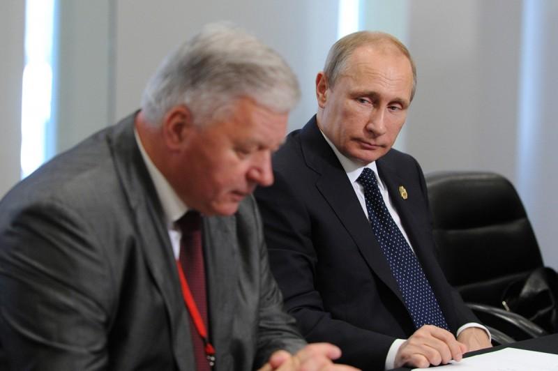 Путин одобрил закрепление в Конституции индексации зарплаты