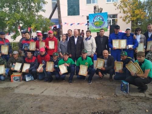 """В Астрахани состоялось областное соревнование """"Юный пахарь"""""""