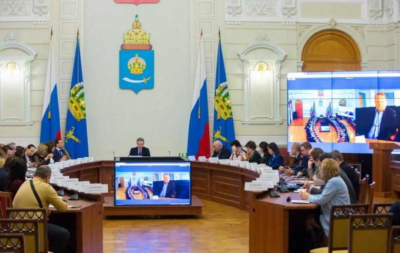 Председатель АОООП Светлана Калашникова приняла участие в заседании комиссии по адаптации неформального рынка труда и борьбе с нарушениями трудовых прав работников